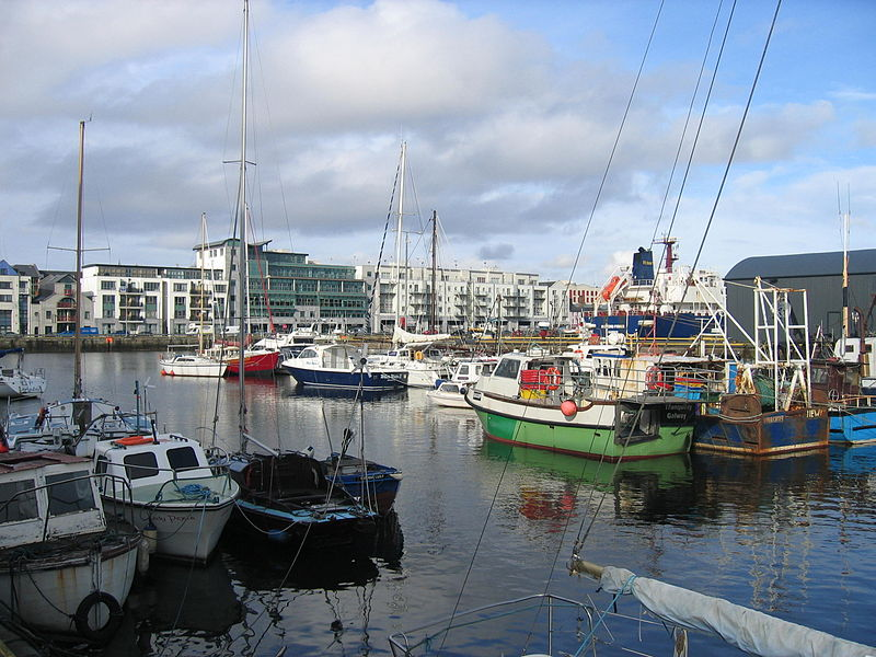 800px-Galway_Harbour_2007